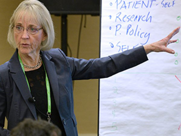 AACR Scientist↔Survivor Program Facilitates Open Dialogue Between Patient Advocates and Scientists