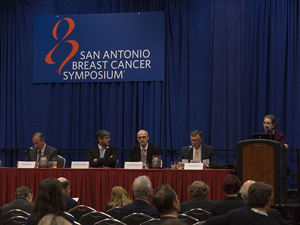 Patricia Ganz, MD, speaks at a press conference at the 2015 San Antonio Breast Cancer Symposium. Photo by © MedMeetingImages/Todd Buchanan 2015.