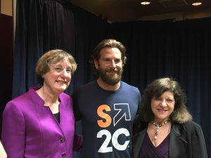 bradley-cooper-with-drs-davidson-and-foti-2795